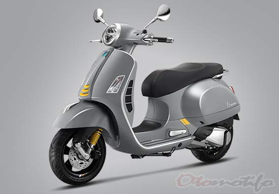 Gambar Vespa GTS Super Tech 300