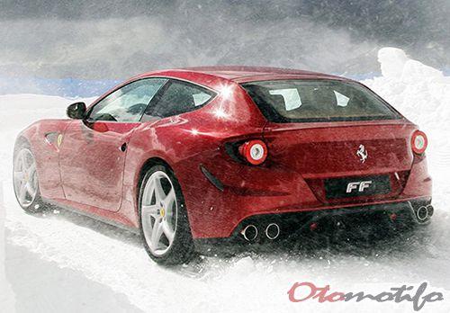 Harga Ferrari Four (FF)