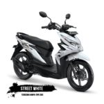 Warna Honda Beat Street White