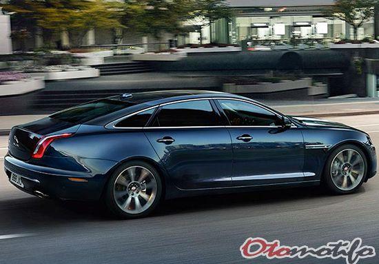 Gambar Jaguar XJ