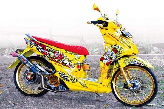 Gambar Motor Beat Thailook