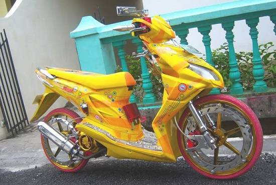 Modifikasi Honda Beat Airbrush