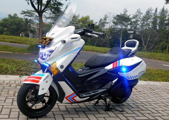 Modifikasi NMAX Polisi