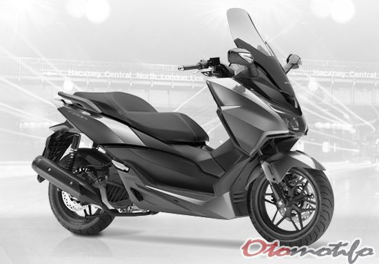 Review Honda Forza 125