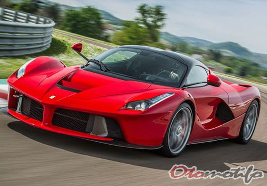 Gambar Ferrari LaFerrari