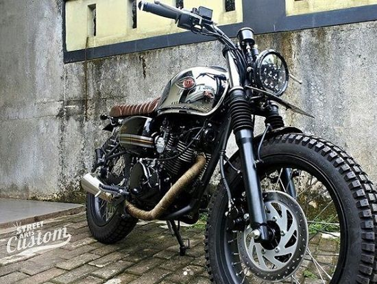 Kawasaki W175 Simple Tracker