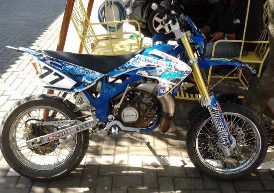 Modifikasi Motor Trail Kawasaki Ninja R