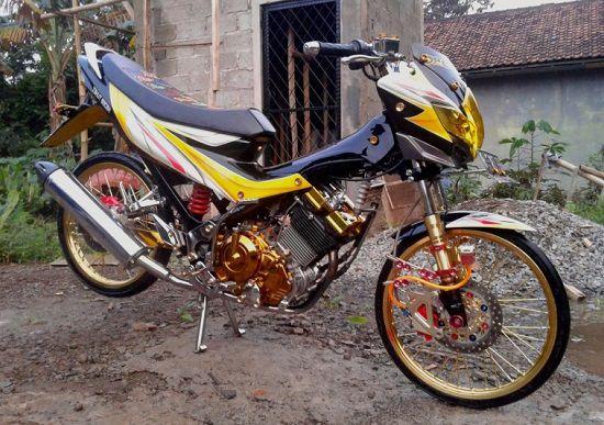 Motor Drag Satria