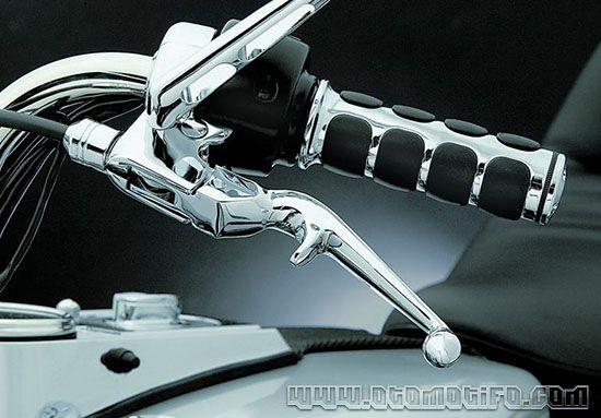 Cara Mengendarai Motor Kopling Untuk Pemula