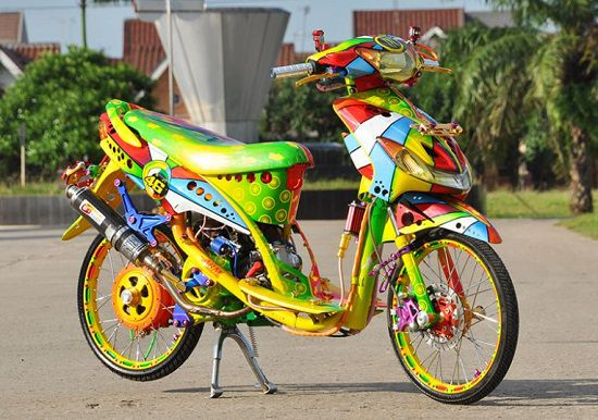 Foto Modifikasi Motor Matic Thailook