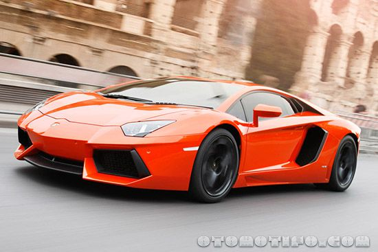 Gambar Lamborghini Aventador LP700-4 Transformers