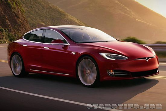 Gambar Tesla Model SP100D