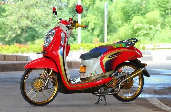 Modifikasi Motor Matic Scoopy
