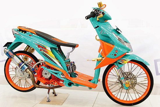 Modifikasi Motor Matic Thailook
