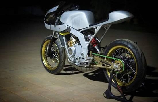 Gambar Modifikasi Motor Ninja RR Cafe Racer