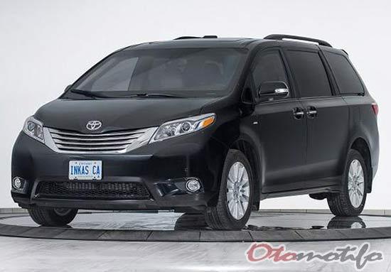 Gambar Mobil Toyota Sienna