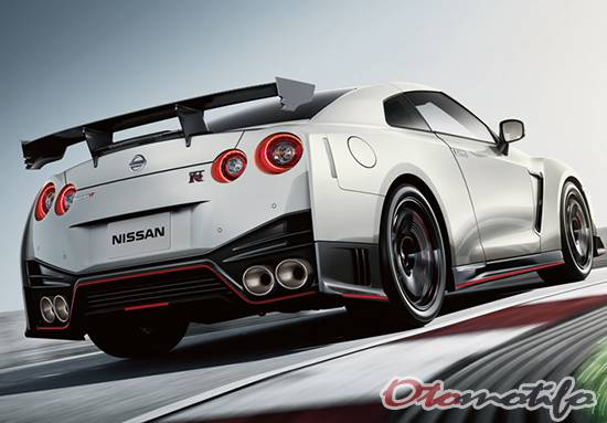 Gambar Nissan GT-R Nismo