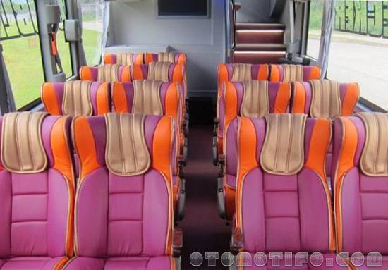 Interior Bus Pelita Paradep Double Decker