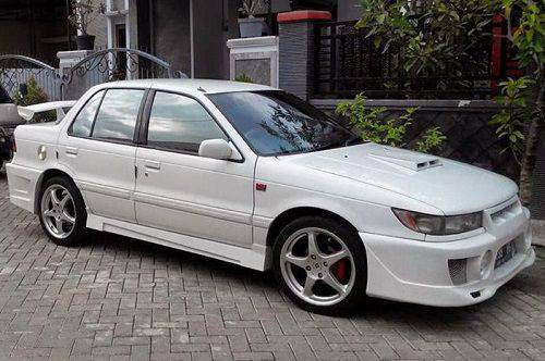 Modifikasi Lancer Tua