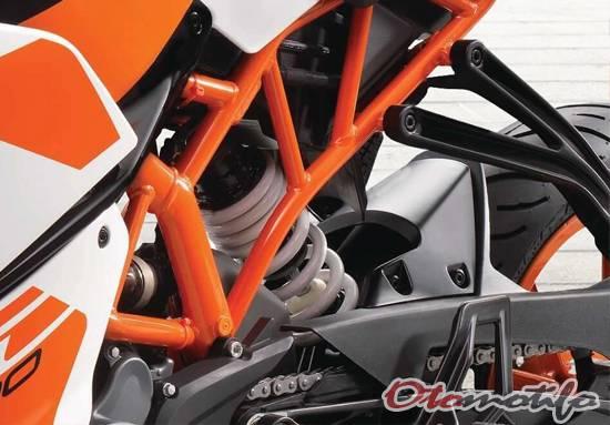 Suspensi KTM RC 200