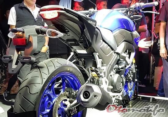Desain Buritan Yamaha MT-15