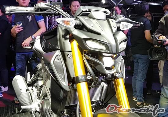 Desain Headlamp Yamaha MT-15