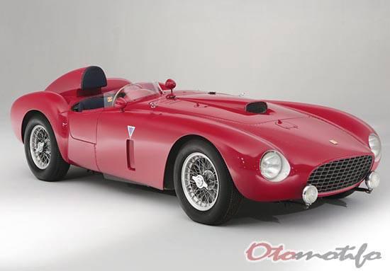 Gambar Ferrari 375-Plus Spider Competizione 1954