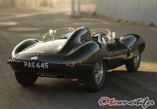 Gambar Jaguar D-Type 1955