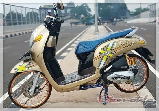 Gambar Modifikasi Honda Scoopy Jari-Jari