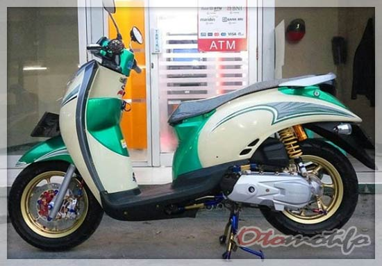 Modifikasi Honda Scoopy Karbu