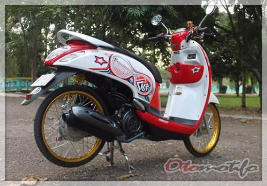 Modifikasi Scoopy Velg Ring 17