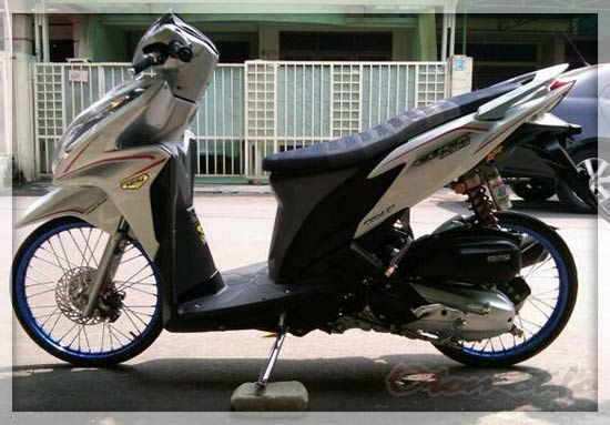 Modifikasi Vario 125 Thailook