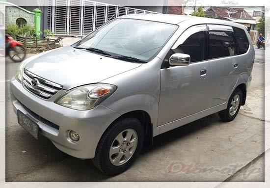 Toyota Avanza G 2004