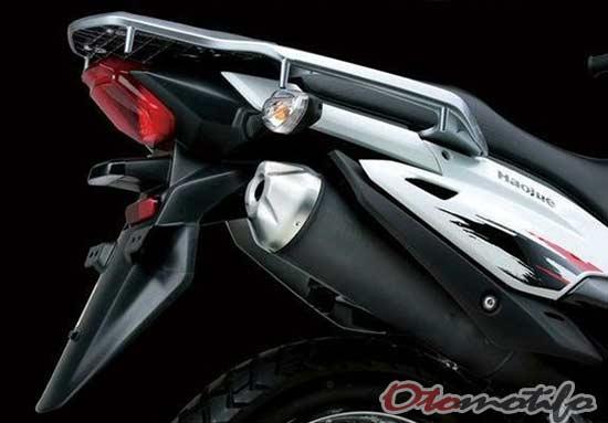 Gambar Motor Trail Suzuki 150cc