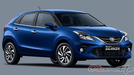 Gambar Mobil Toyota Glanza