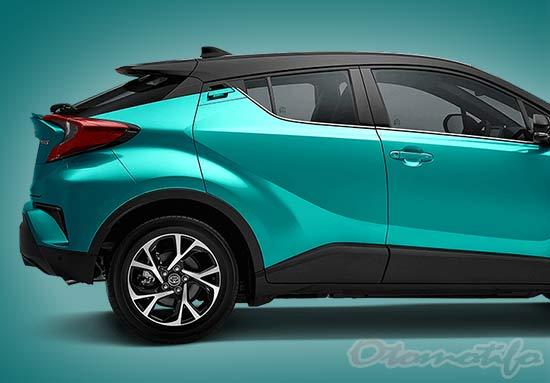Foto Toyota CHR Hybrid