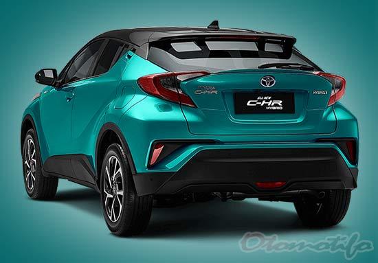 Gambar Mobil Toyota CHR Hybrid