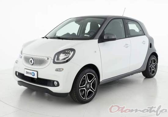 Harga Mobil Smart ForFour