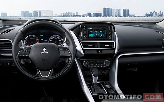 Interior Mitsubishi Eclipse Cross