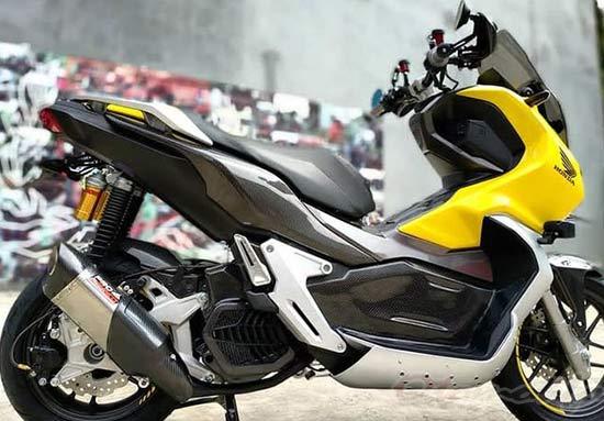 Modif Honda ADV 150 Carbon