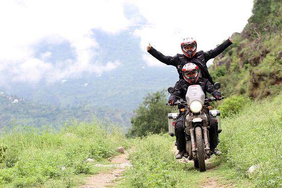 Himalayan Ridge Darius Sinathrya Membuktikan Kualitas Oli TOP 1-1
