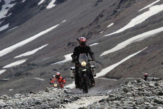 Himalayan Ridge Darius Sinathrya Membuktikan Kualitas Oli TOP 1
