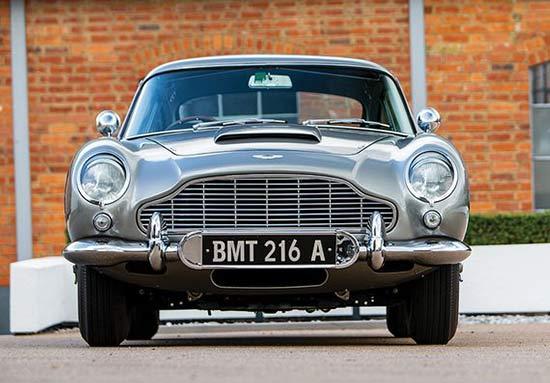 Gambar Mobil James Bond